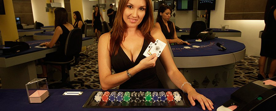 The Advantages of Live Casino Games